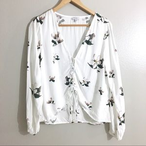 Tobi Floral Lace Up Top White Long Sleeve Size M